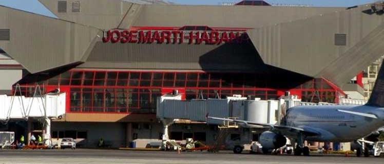 Havana airport prepares to resume flights