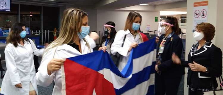 Cuban doctors arrive in Panama to fight Covid-19