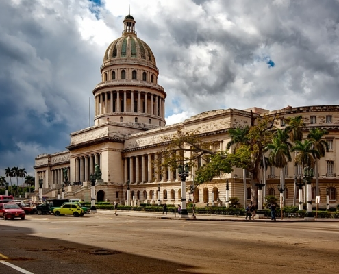 Cuba to limit entry from Dominican Republic and five other countries
