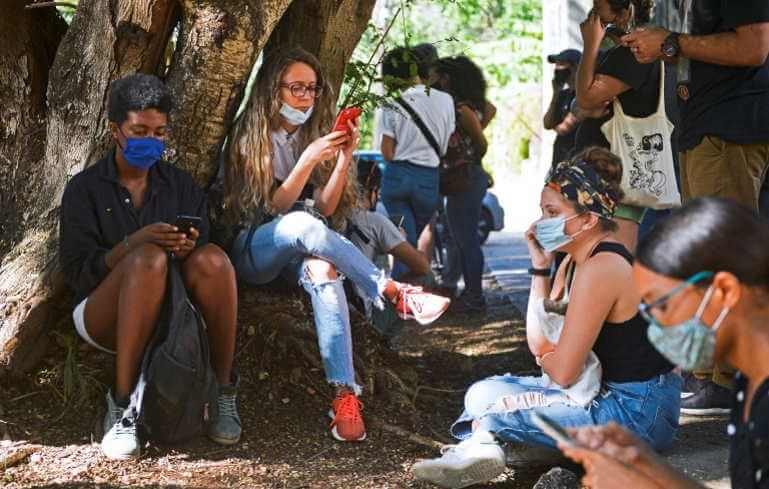 Mobile internet, Cuba's new revolution