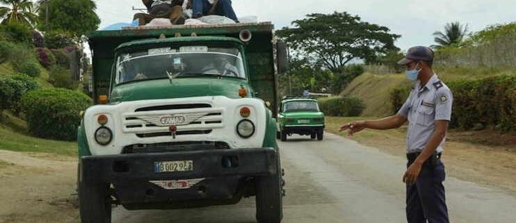 Sanciones penales por propagación de epidemias en Santiago de Cuba incluyen prisión para viajeros residentes