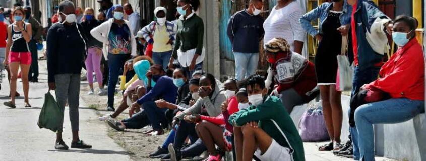 Havana lives under the siege of the new coronavirus