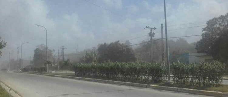 Denuncian intensa contaminación que provoca fábrica de cemento en el Mariel