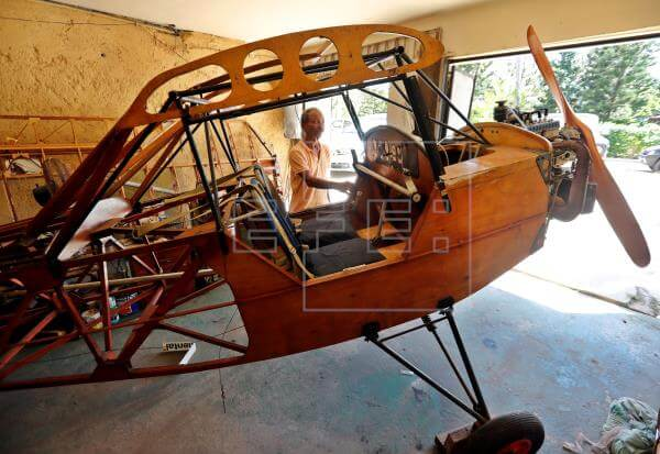 The Cuban Who Built a Plane in His Garage