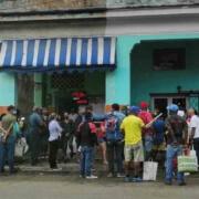 Raul Castro tire sa révérence en pleine crise économique