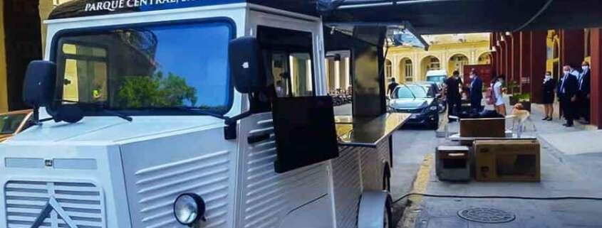 Le premier food-truck de La Havane est installé derrière l'hôtel Iberostar Parque Central