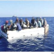 Guardia Costera de EE.UU. repatria a 17 balseros cubanos