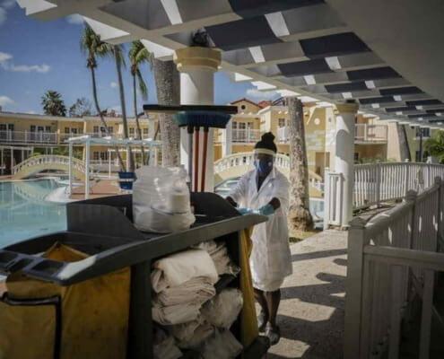 Cuba busca que empresarios chinos administren hoteles