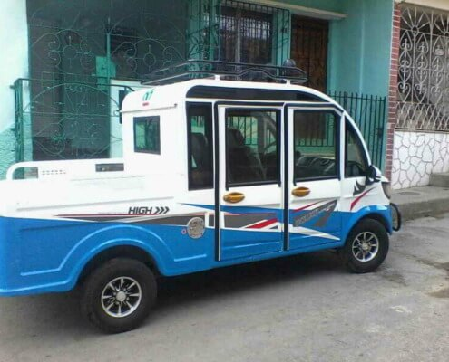 Cuba fabrica su primer auto eléctrico con piezas de origen chino