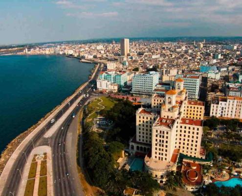 De nouveaux variants du coronavirus a Cuba liés à des cas graves et à des décès