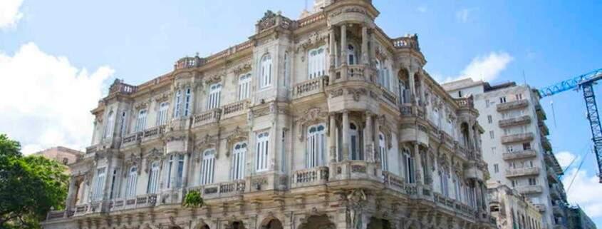 El Consulado español de La Habana reabre el servicio