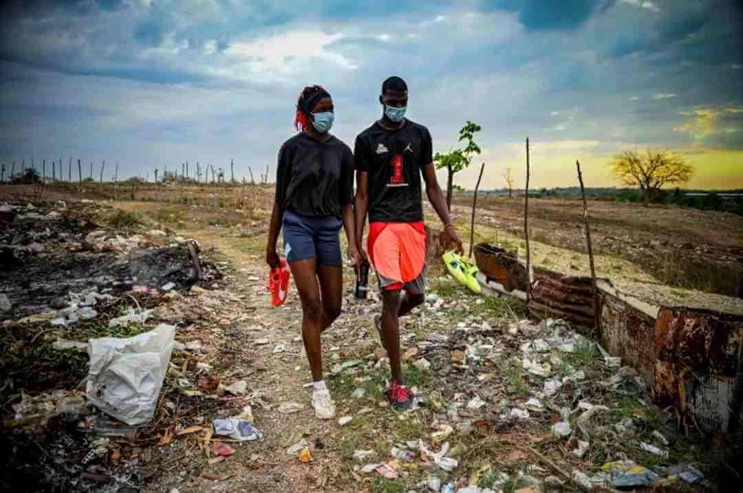 Sauter comme Javier Sotomayor, le rêve de deux jeunes Cubains