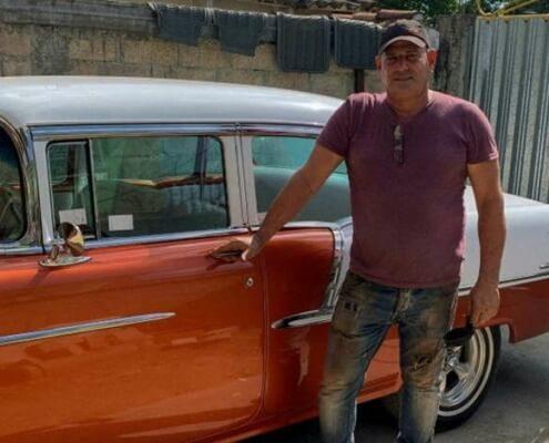 A Cuba, les Chevrolet de 1955 à 1957, le créneau d'un carrossier autodidacte