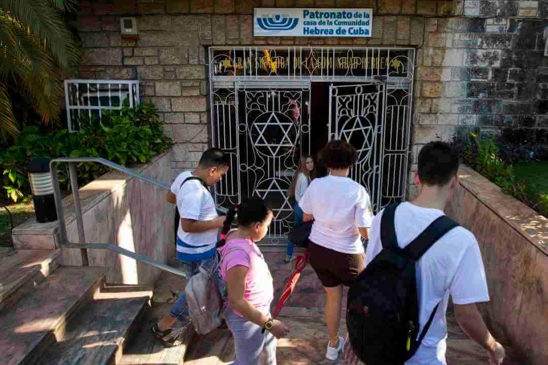 The Youth Of Cuba's Tiny Jewish Minority