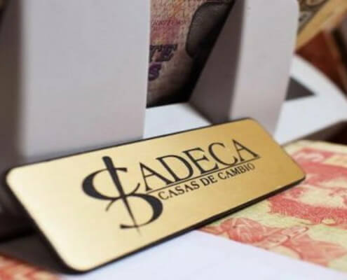 CADECA suspends sale of dollars to travelers
