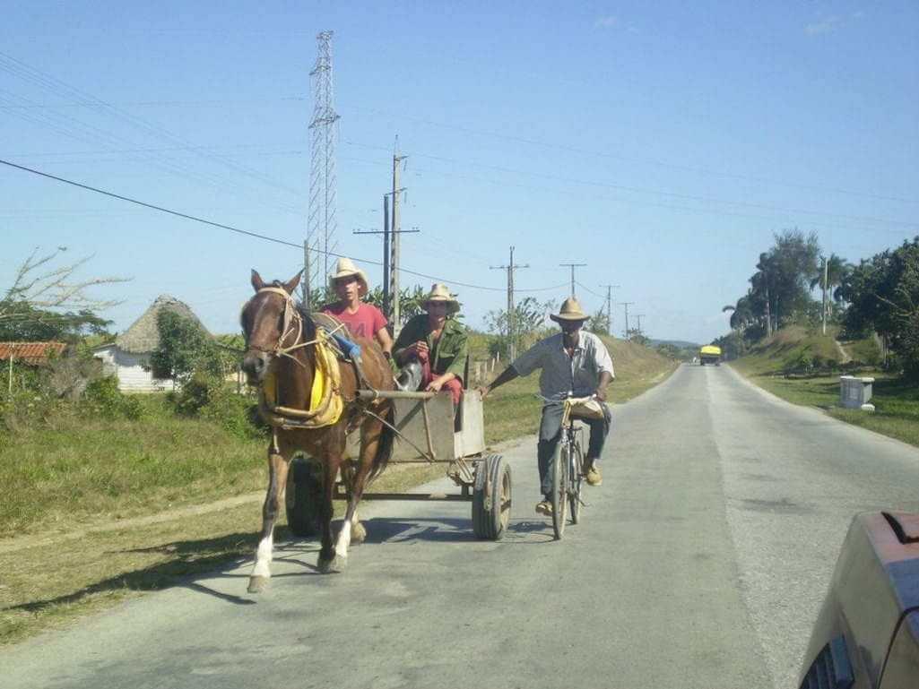 Cuba's Central Highway, regional inequalities