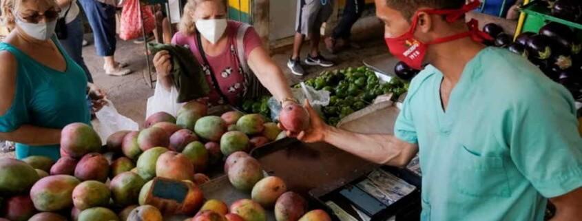 High inflation compounds Cubans' economic woes