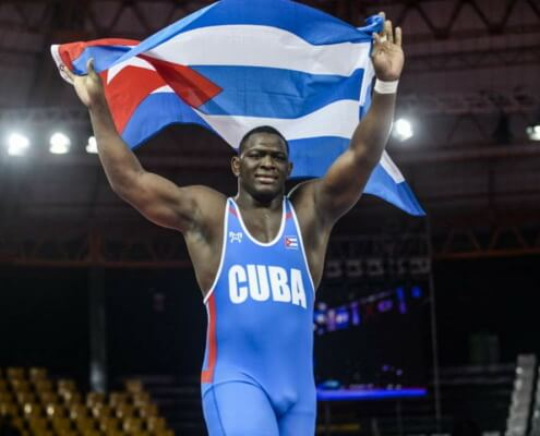 Cubans to cheer their boxers and wrestlers, but not ball players, in Tokyo