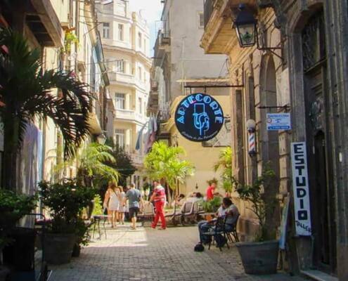 Cuba exigera la résidence pour les propriétaires d'entreprises privées