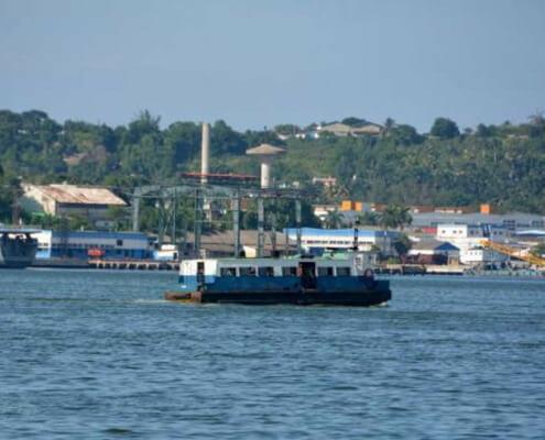 Restablecen servicio portuario y de trenes en La Habana