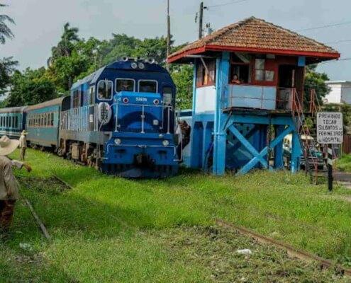 Comienza servicio de trenes extras en La Habana