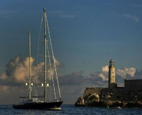 British sailboat is first of its kind to dock in Havana's bay during pandemic